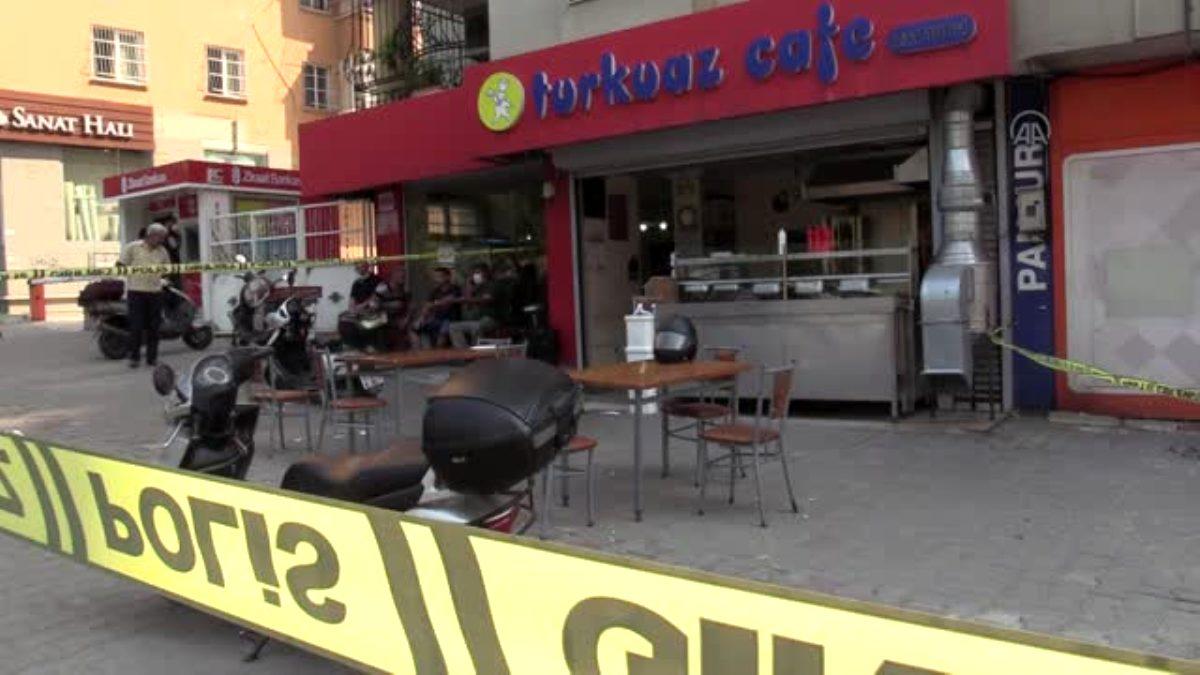 Adana'da kafeye sipariş baskını: 2 yaralı