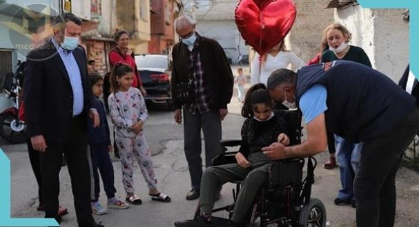 Başkan Kocaispir, 'serebral palsi' hastası Makbule Gülşah'ı ziyaret etti
